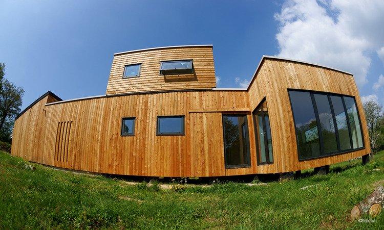 une maison de conception bioclimatique pour mieux respirer. Black Bedroom Furniture Sets. Home Design Ideas
